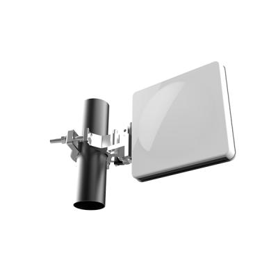 E band Flat Panel Array Antennas